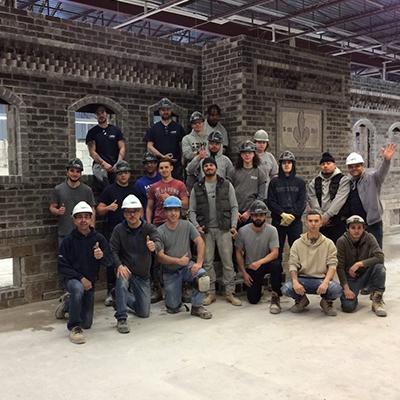 Projet final des élèves en Briquetage-maçonnerie